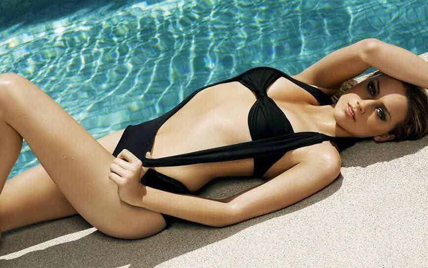 hot-black-bikini-Britney-Spears-pictures