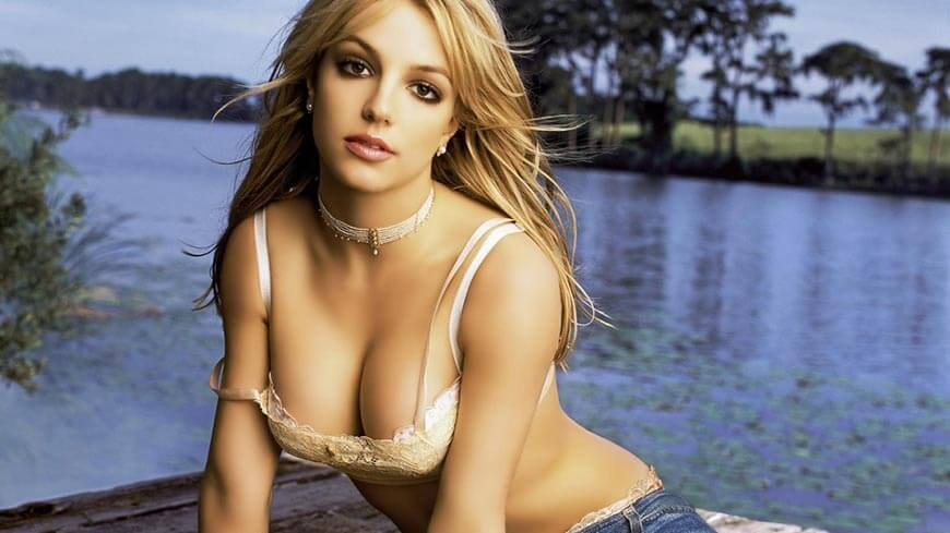 Britney-Spears-Hot-HD-Wallpaper