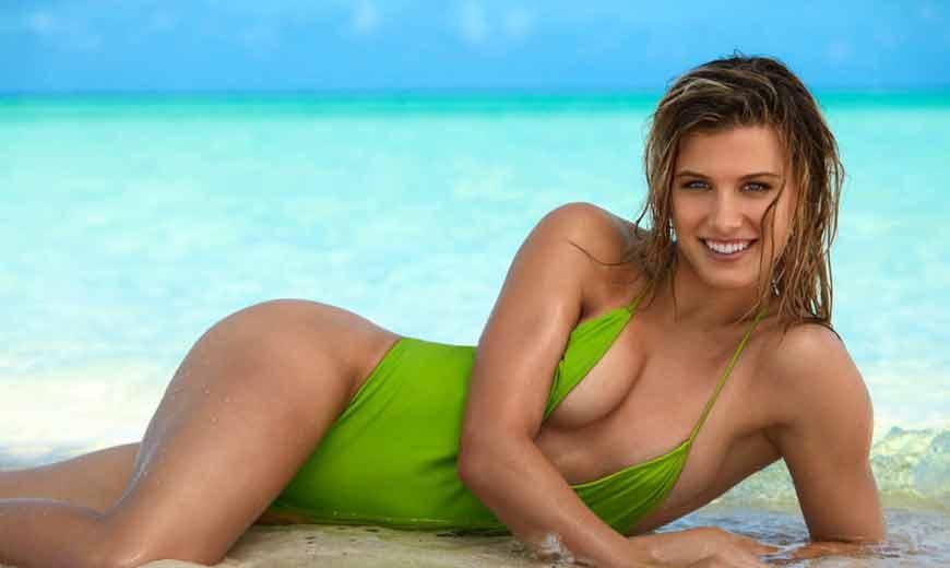 Tennis-player-Eugenie-Bouchard-bikini-photos