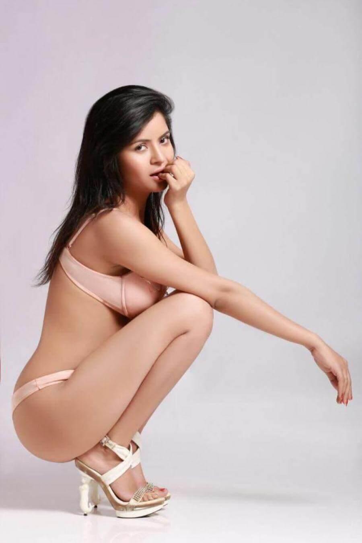 Actress Gehana Vasisth Latest Hot Bikini Stills