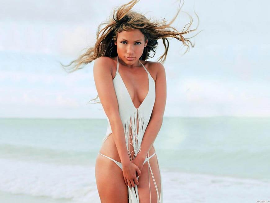 Jennifer-Lopez-jlo-bikini-photos-sexy-panty-with-white-crop-top-partially-boobs-show-sexy-cleavage-pictures