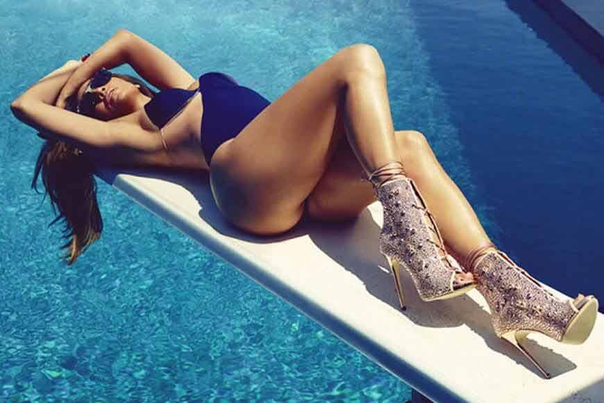 sexy-jennifer-lopez-hot-bathing-suit-bikini-pictures
