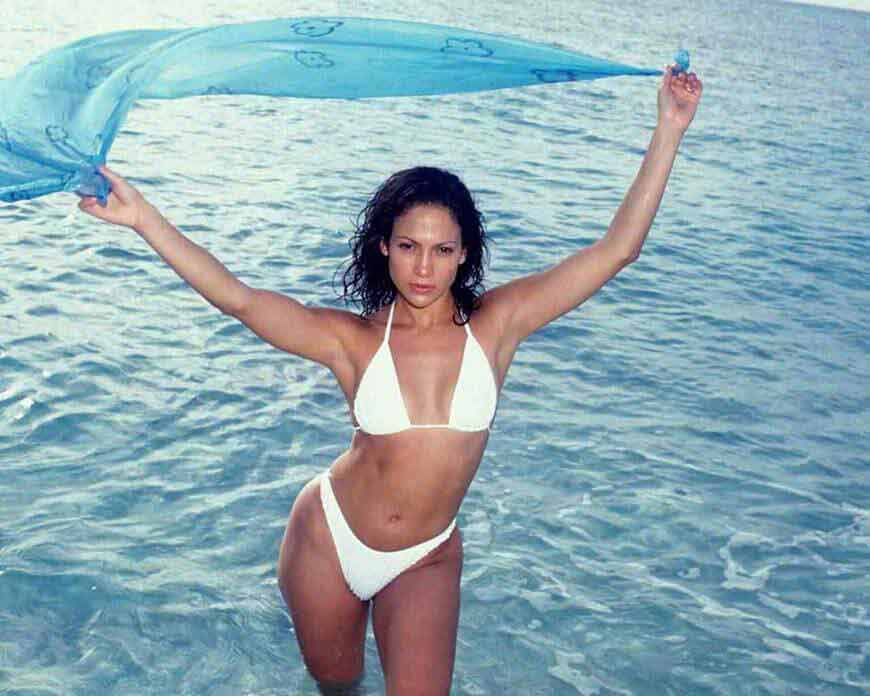 jennifer-lopez-bikini-images-in-the-sea-with-blue-dupatta-in-her-hands-looking-really-hot-water-can-catch-the-fire