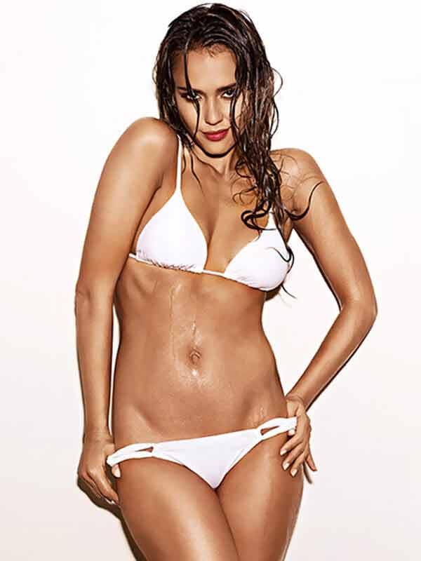 Jessica-Alba-Bikini-Photoshoot-for-Entertainment