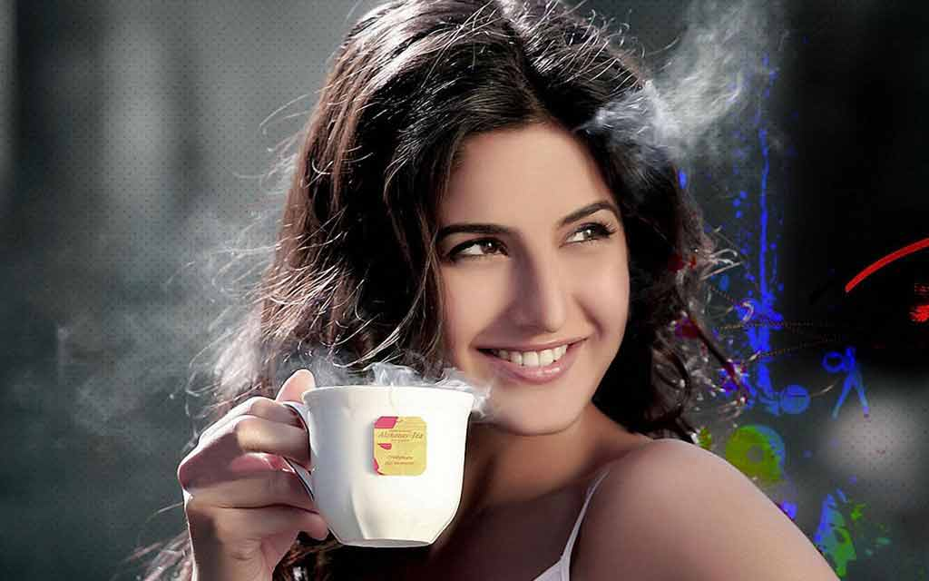 gorgeous katrina kaif with smile photos in hd for wide screens