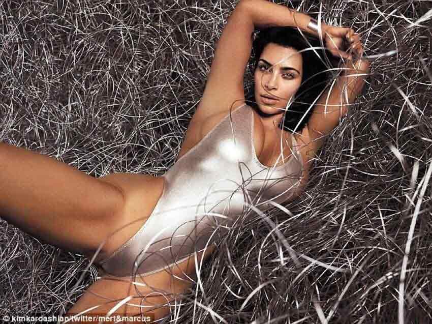kim-kardashian-hot-bikini-photoshoot-in-pool