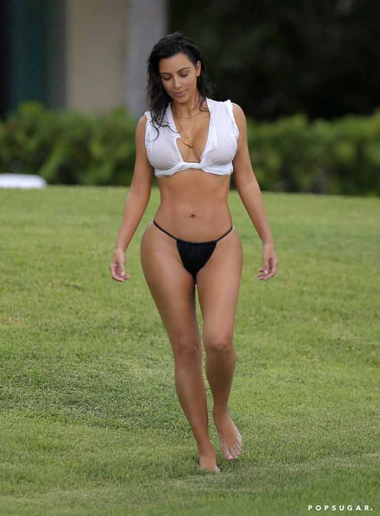 sexy-boobs-show-images-of-kim-kardashian-bikini-photos-looking-too-hot