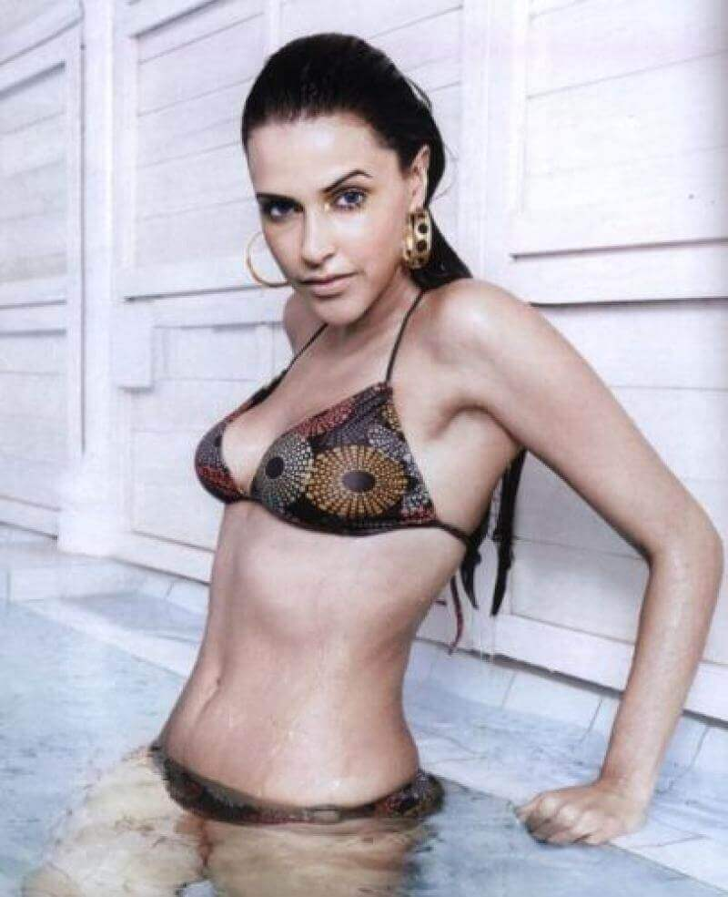 Neha-Dhupia-in-bikini-show-off-her-hot-body
