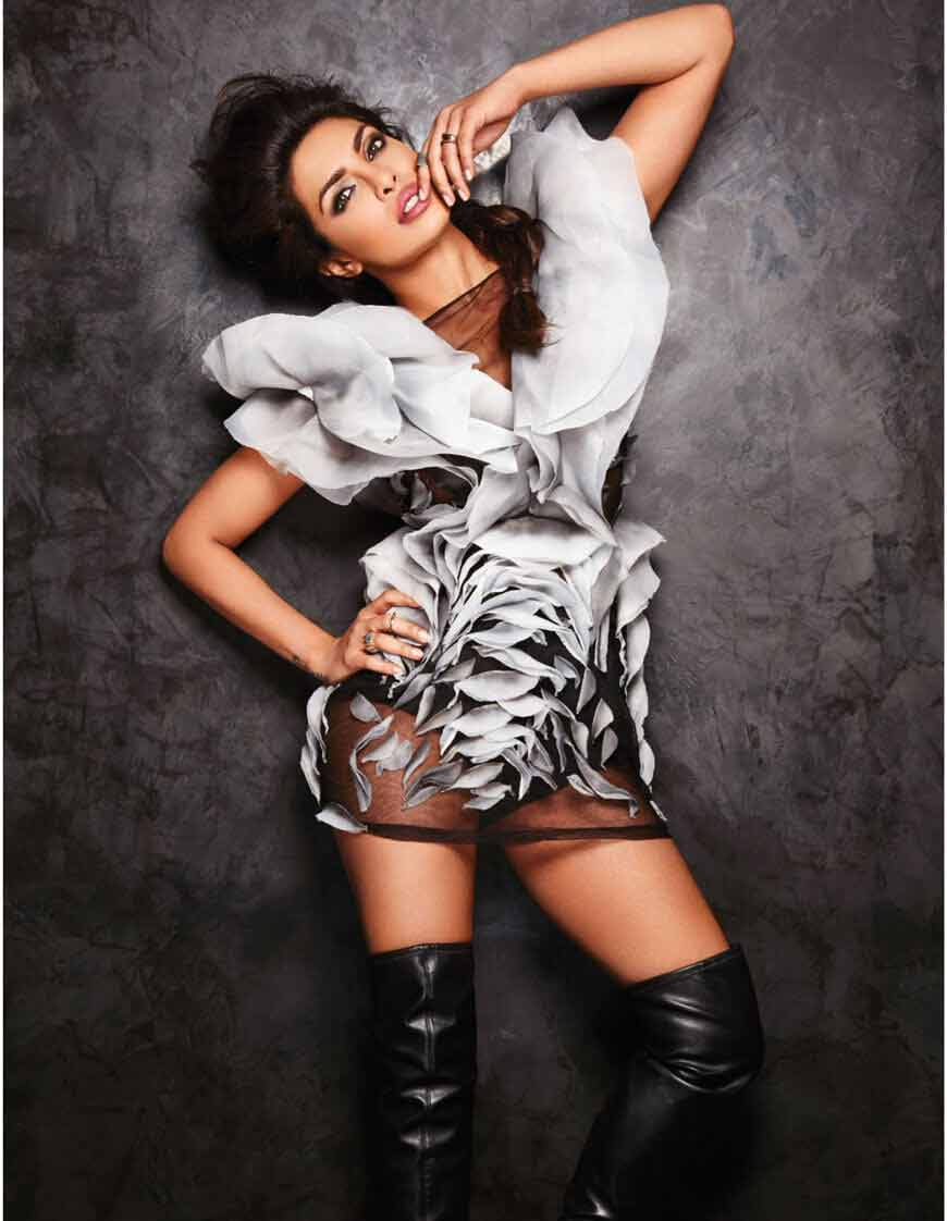Priyanka-Chopra-Bikini-wallpapers-in-hd