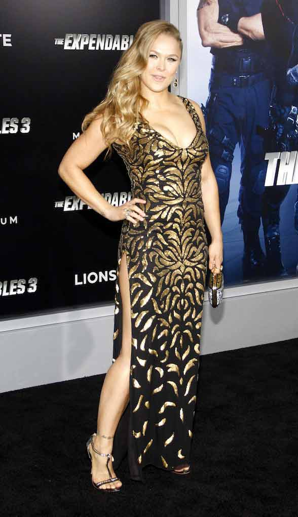 ronda rousey hot photos showing huge cleavage on premier of Expandables 3