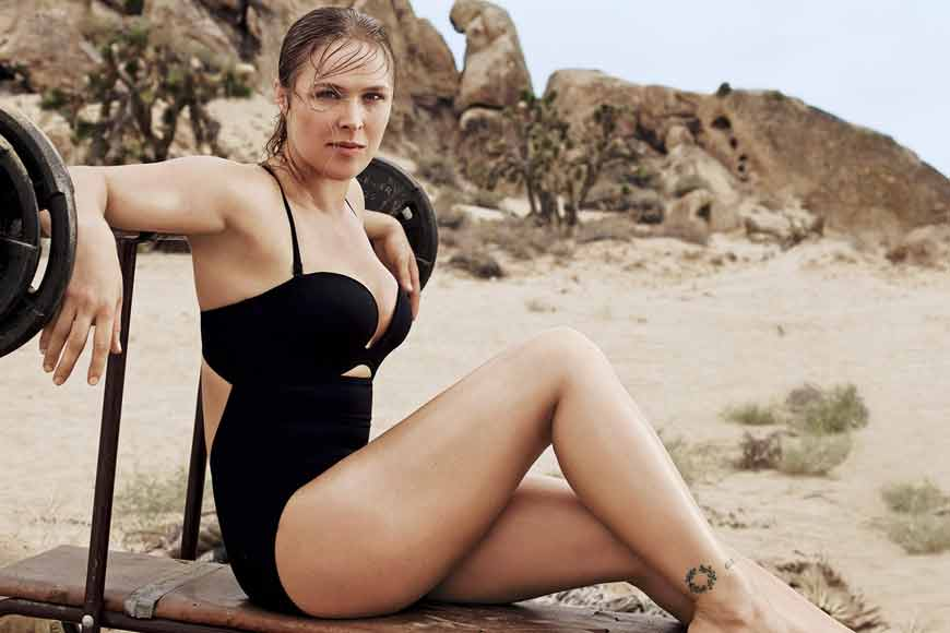 Ronda-Rousey-hot-photoshoot-in-bikini