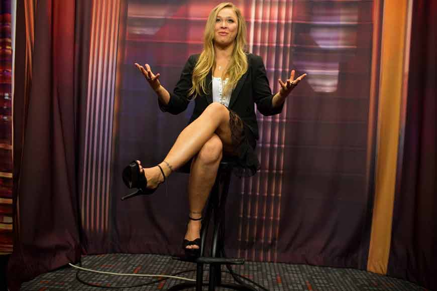 ronda rousey sexy images showing her legs in short dress