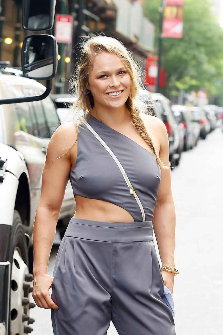 ronda rousey hot dress images