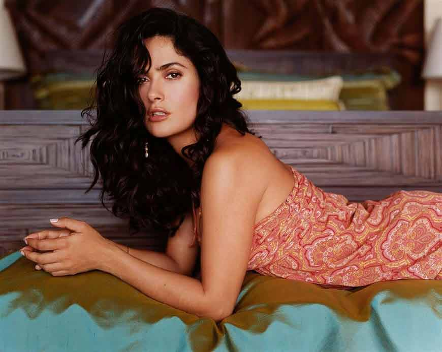 sexy look wallpapers of salma hayek