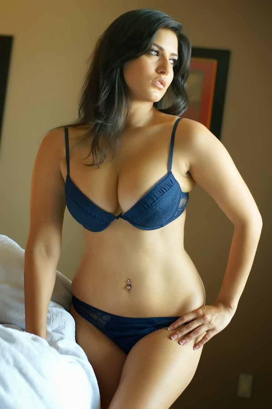blue bikini pics of sunny leone