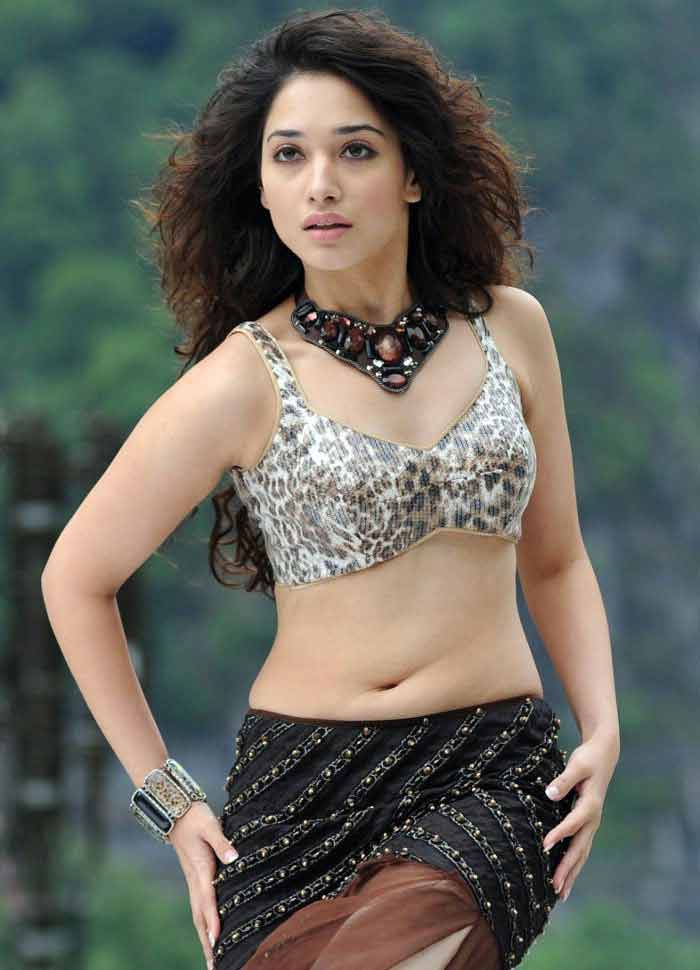 tamanna bhatia display her body wearing bikini top