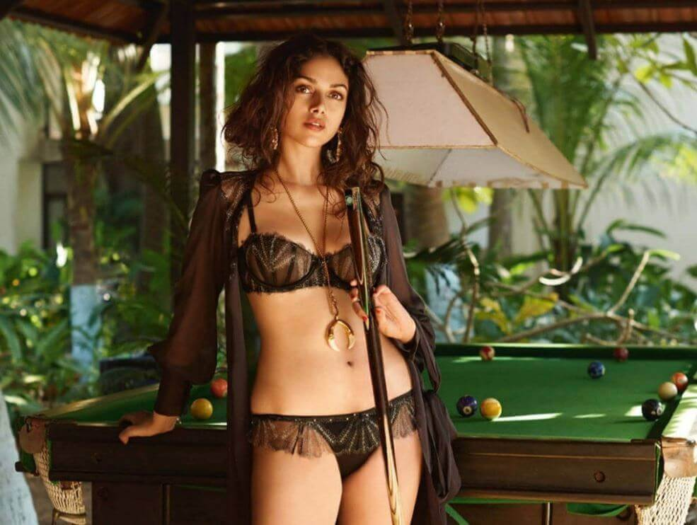 near nude images of aditi rao hydari in see through bikini