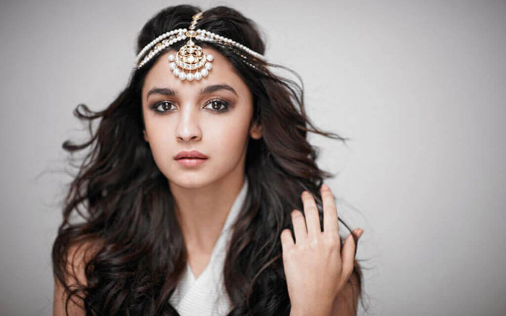 alia-bhatt-beautiful-images-can-be-set-as-wallpaper