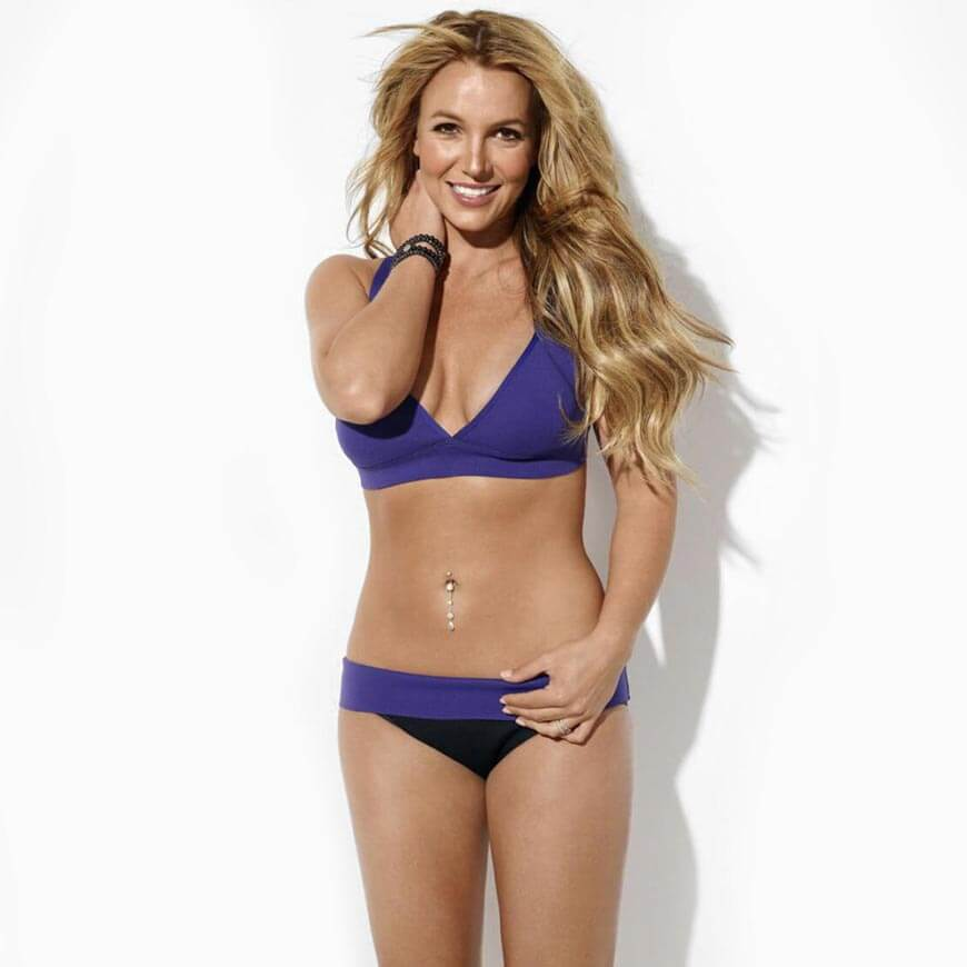 britney_spears_bikini-stills-in-blue-looking-damm-hot