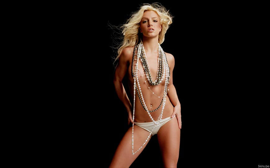 britney-spears-bikini-pantie-images-hot-photos