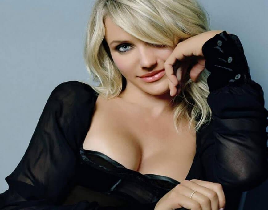 cameron diaz sexy boobs pics