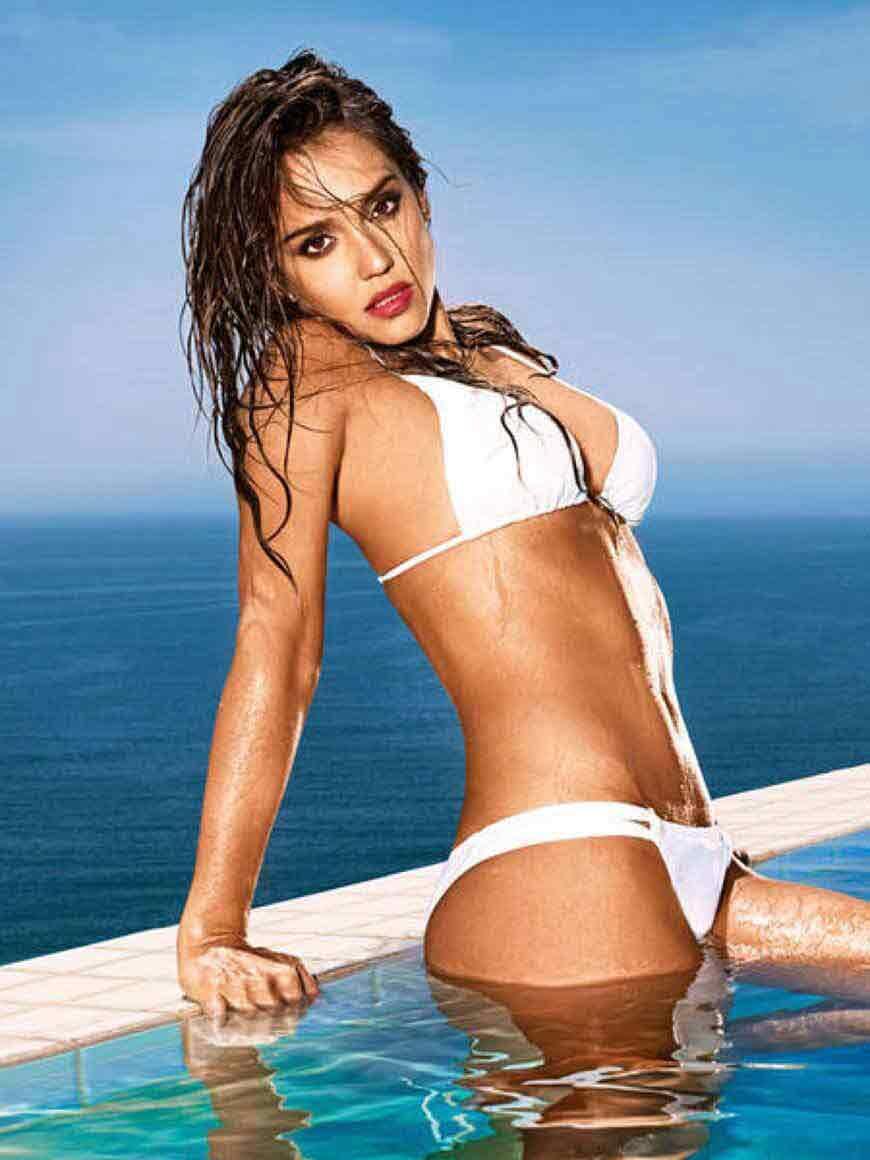 sexy-jessica-alba-bikini-images-in-white-swimsuit