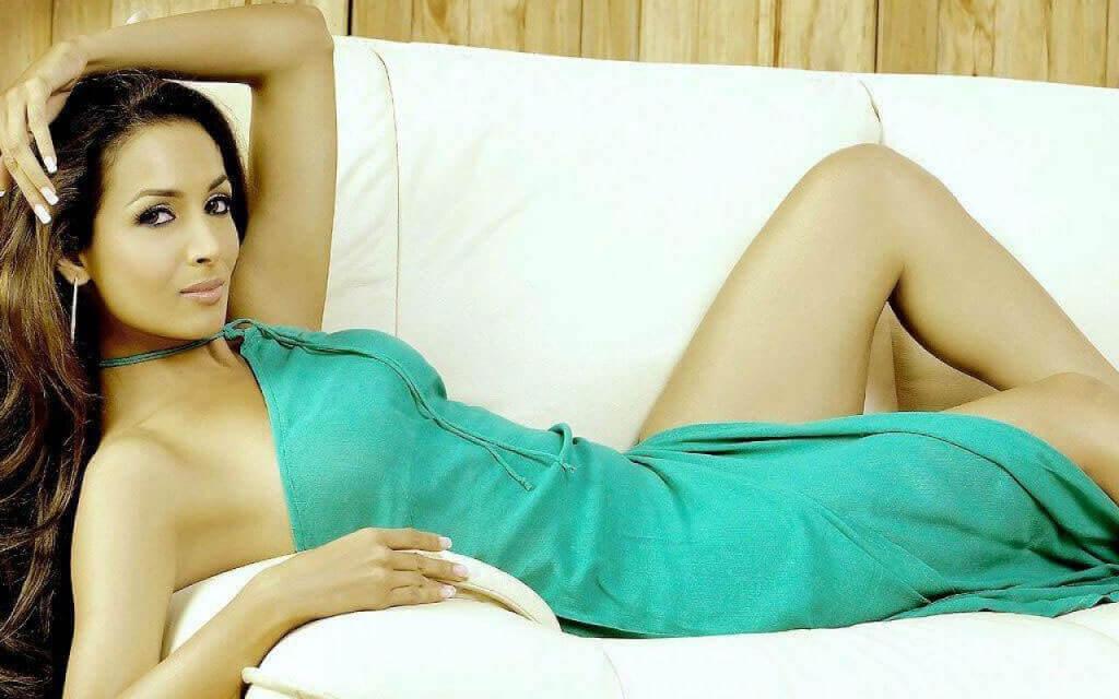 malaika-arora-khan-sexy-thighs-and-long-legs