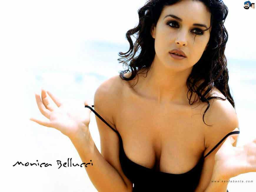 Monica bellucci deep cleavage boobs show images