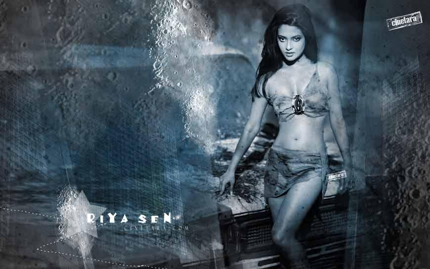riya-sen-bikini-hd-hot-images