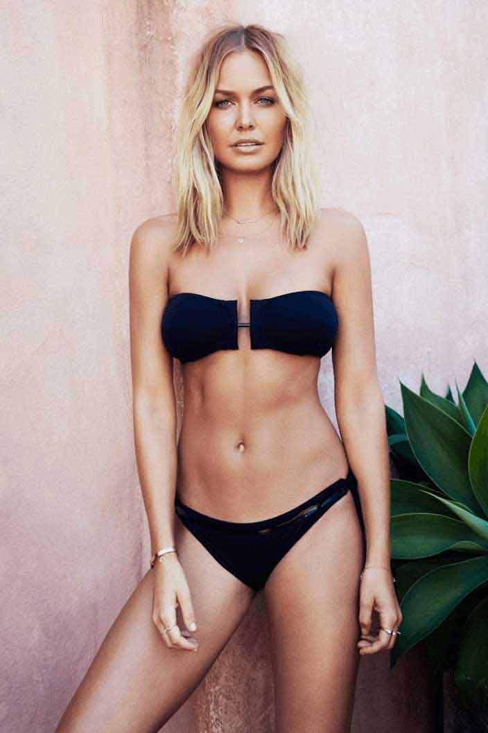 Lara-Bingle-lingerie-bikini-pictures-raises-the-temperature