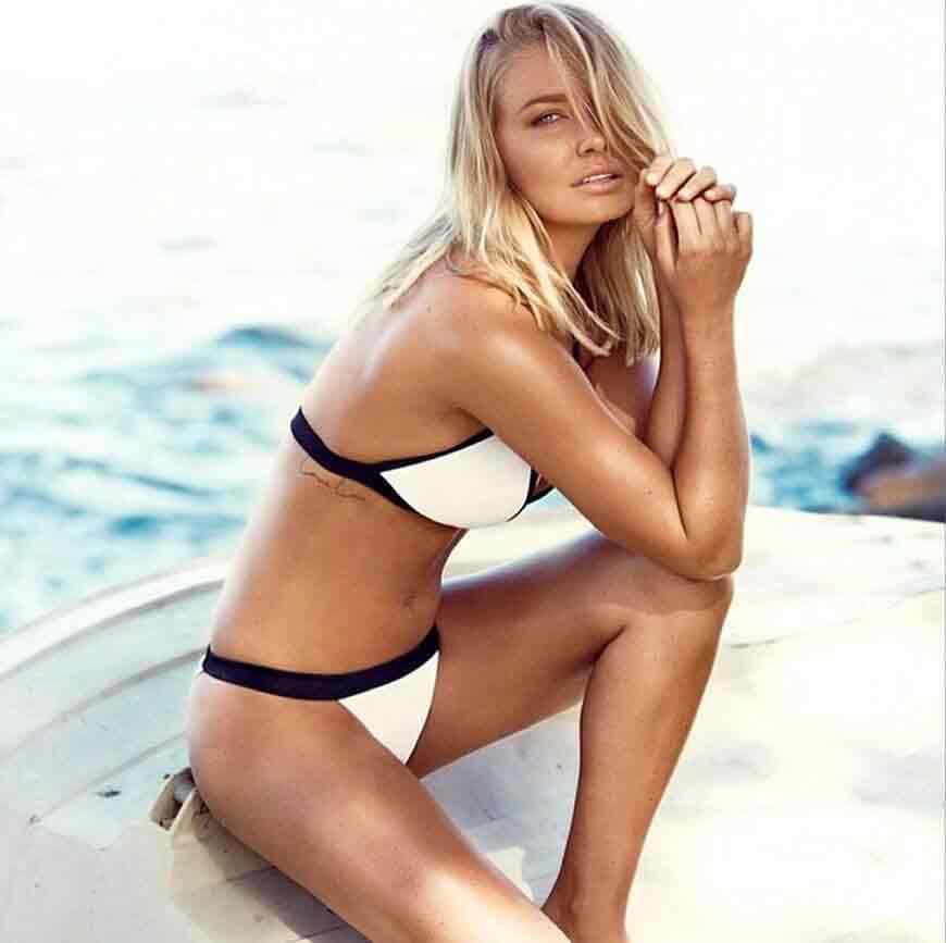 Lara-Bingle-bikini-photos-shows-off-her-toned-bikini-body