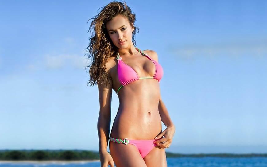 pink-bikini-bathing-suit-swimwear-images-of-Irina-Shayk-looking-gorgeous-in-stills