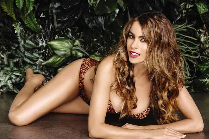 Sofia Vergara shows off figure in leopard print bikini