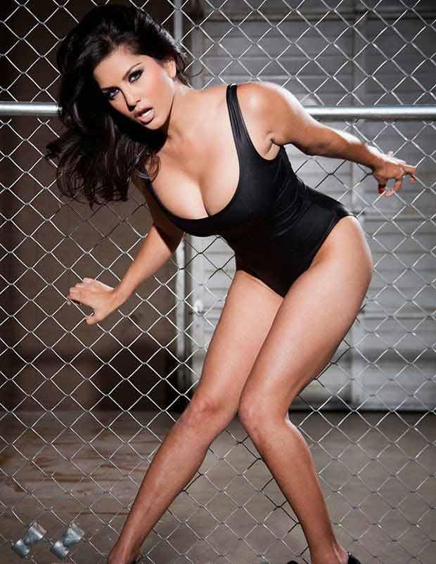 sunny-leone-sexy-monokini-bikini-black-photos