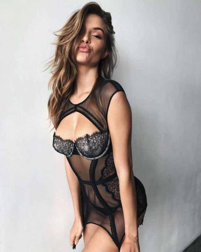 usa-model-Josephine-Skriver-lingerie-shoot-pics