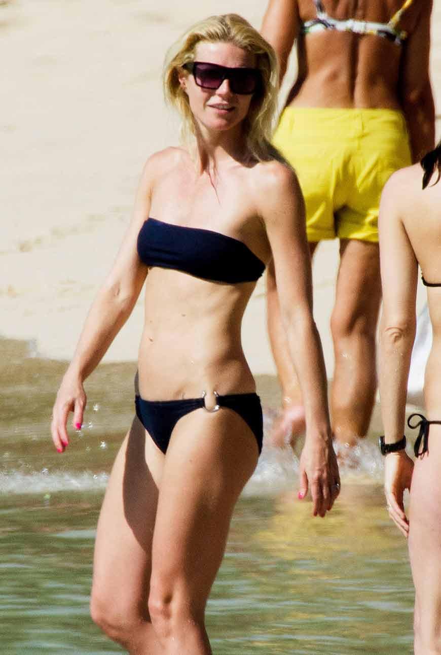 images-of-gwyneth-paltrow-in-black-bikini