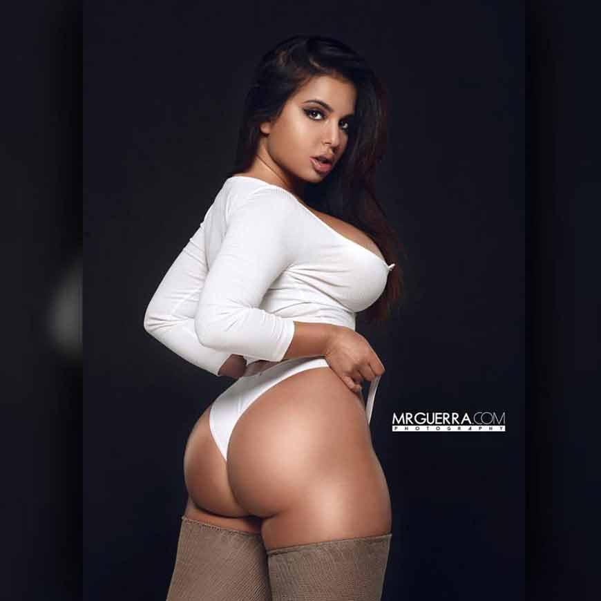 sexy-model-Drisana-Sharma-hot-butt-ass-pics-hd