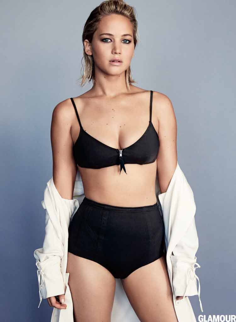 black-bikini-images-Jennifer-Lawrence-looking-damn-sexy-to-handle-for-anyone