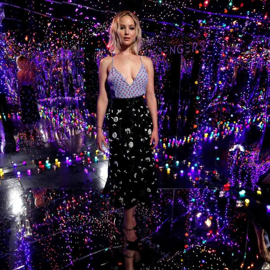 Jennifer-Lawrence-Hot-Beautiful-Sexy-American-Actress-Model