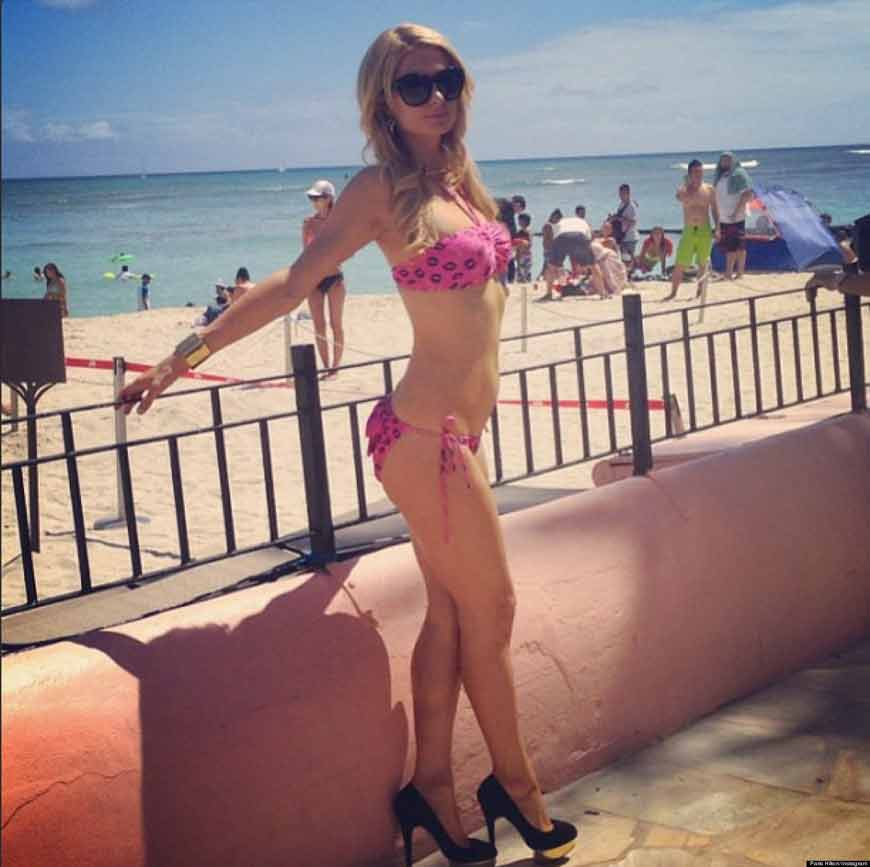 sexy-PARIS-HILTON-BIKINI-BODY-images-in-pink-looking-really-hot