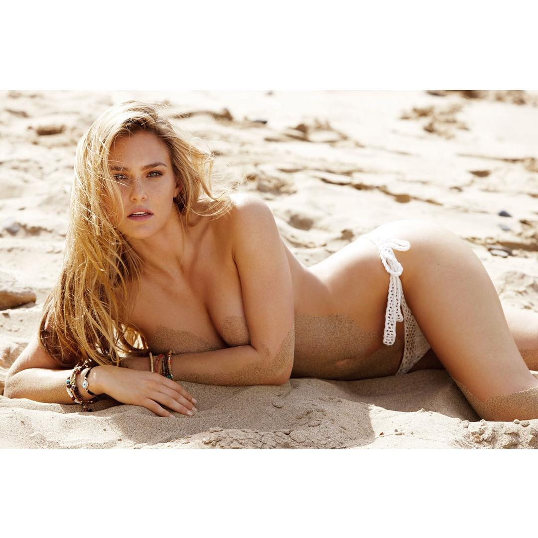 Bar Refaeli nude pictures lying on sand