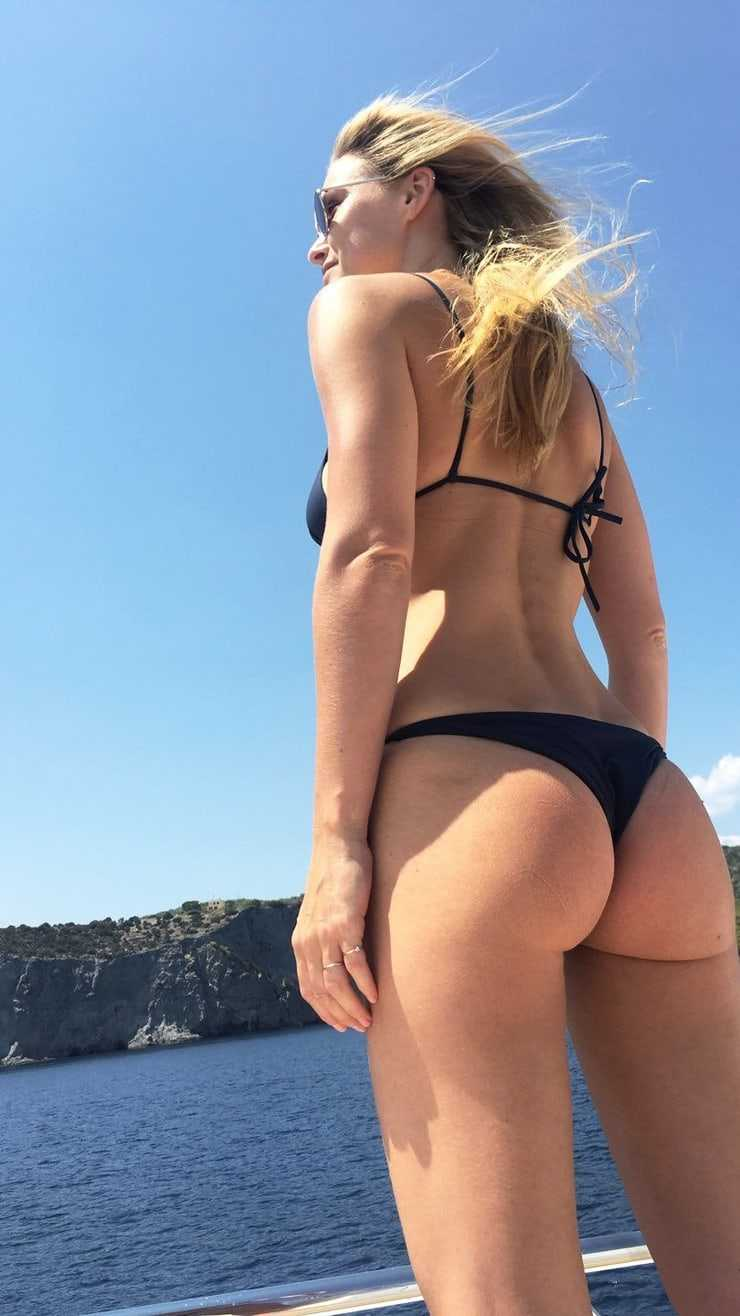 Bar-Refaeli-sexy-ass-pictures