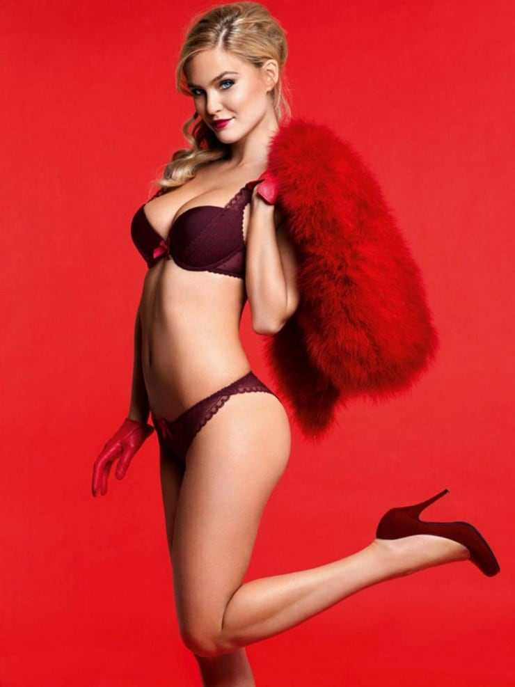 Bar-Refaeli-sexy-side-bikini-butt-pics