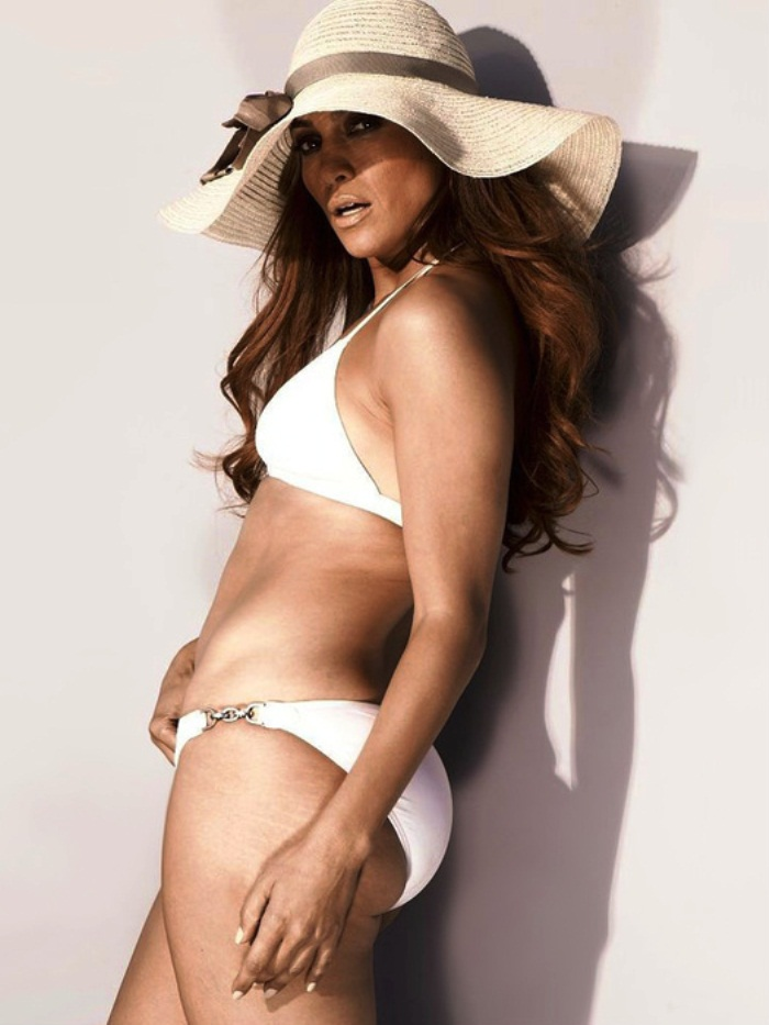 hot-jennifer-lopez-sexy-swimsuit-pictures