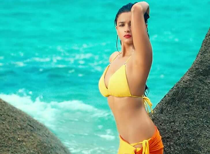 Alia bhatt yellow bikini pics from movie student of the year