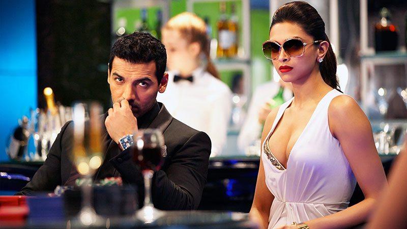 deepika-padukone-sexy-boobs-show-pictures-from-movie-race-2