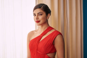 hot-priyanka-chopra-photoshoot-for-emmy-magazine-11