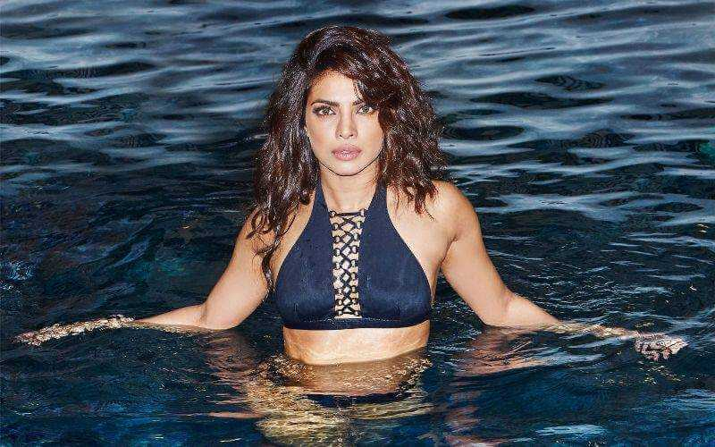 Bollywood Hot Actress Priyanka Chopra Bikini Photo Shoot -3361