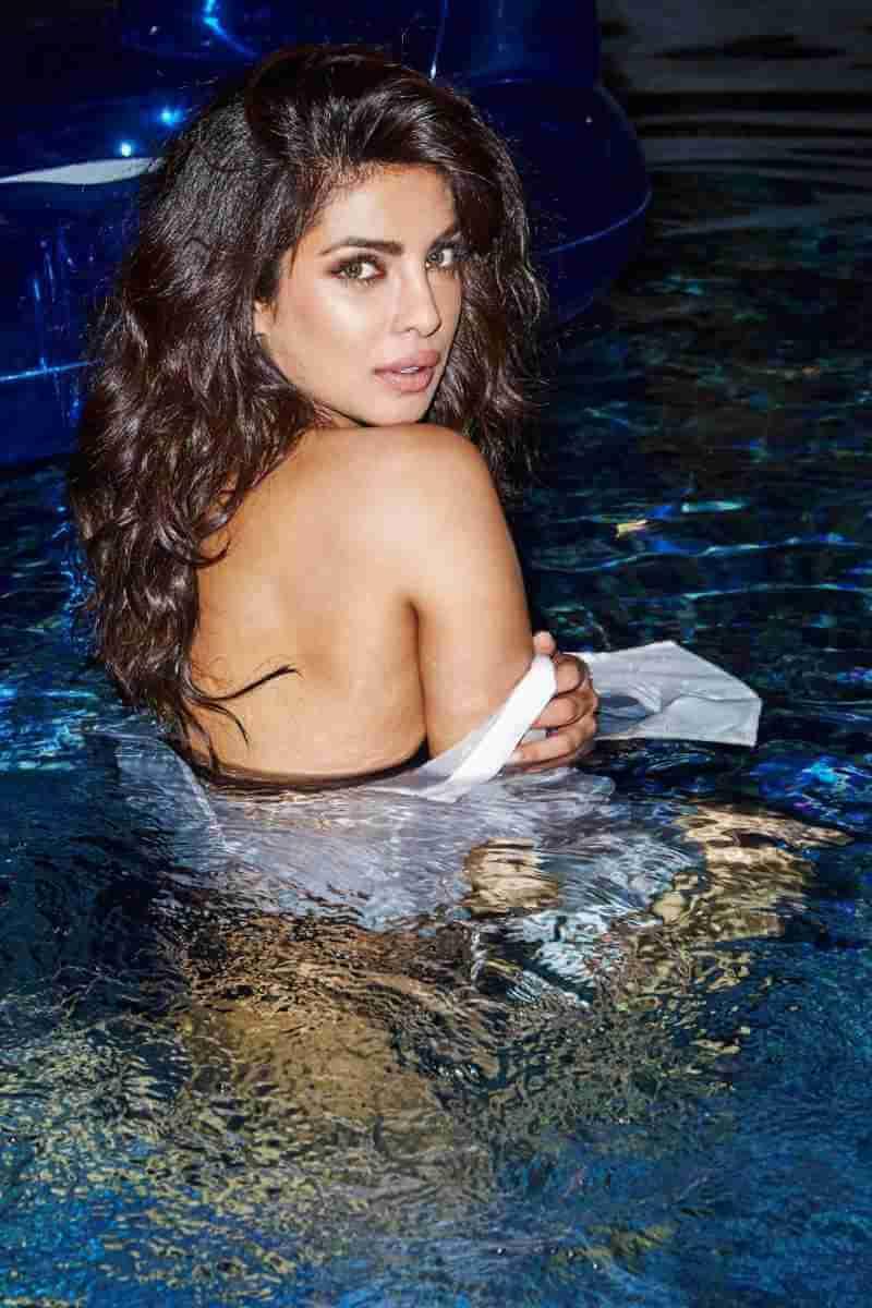 priyanka-chopra-bikini-photo-shoot-esquire-magazine-3