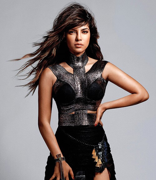 photos-of-priyanka-chopra-maxim-cover-in-black-outfit